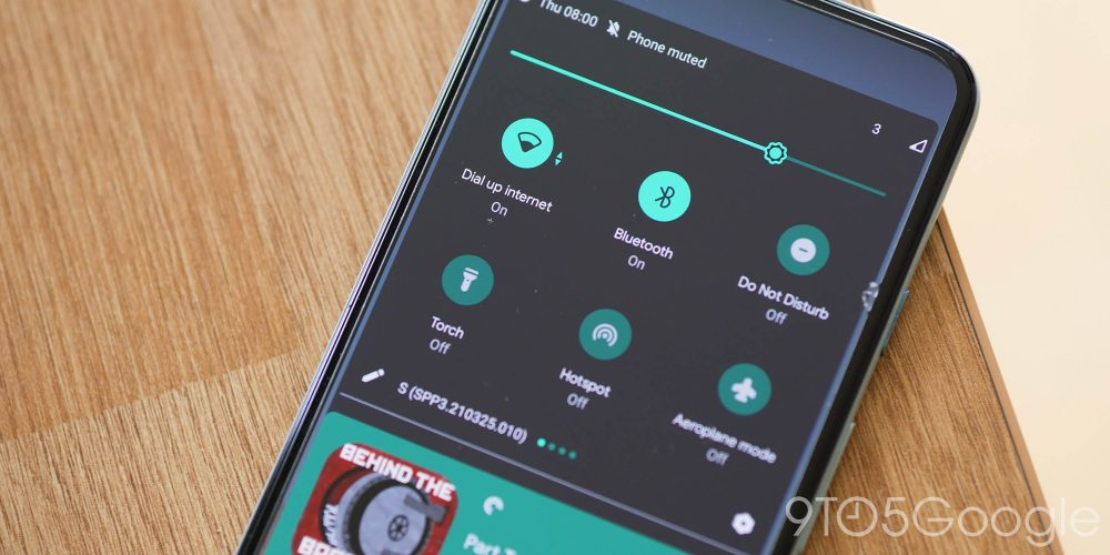 Quick Settings toggles with text indicator in Android 12 Developer Preview 3 (2)